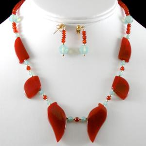 Pacific Opal Collar Necklace & Earring Set