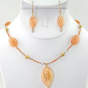 Peaches & Cream Necklace & Earring Set