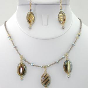 The African Queen Necklace & Earring Set