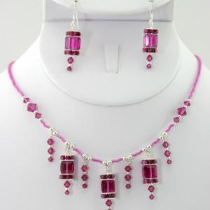 The Frances in Fuchsia Necklace & Earring Set